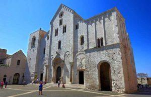 Храм базилика Святого Николая
