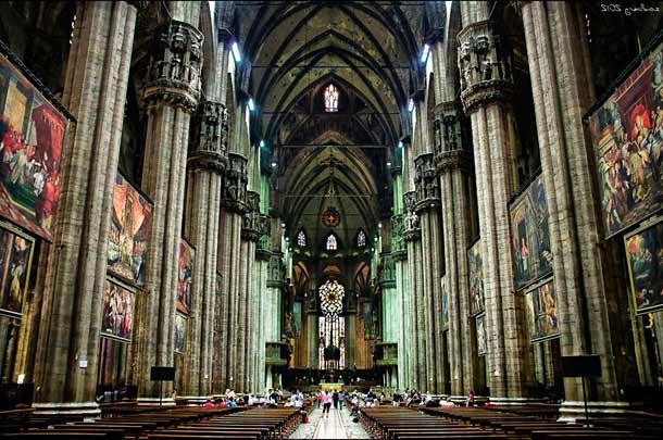 Внутреннее убранство собора Дуомо