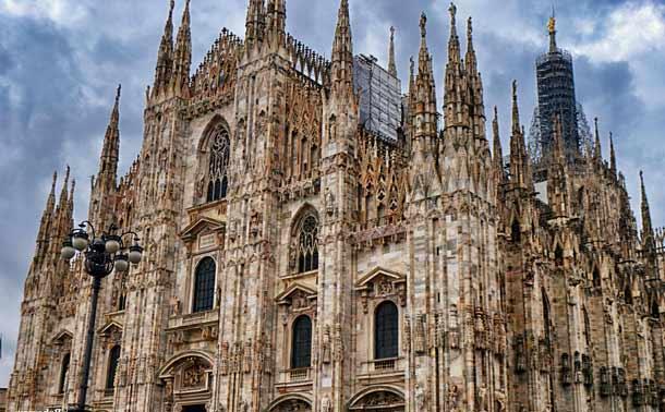 Готический собор в Милане