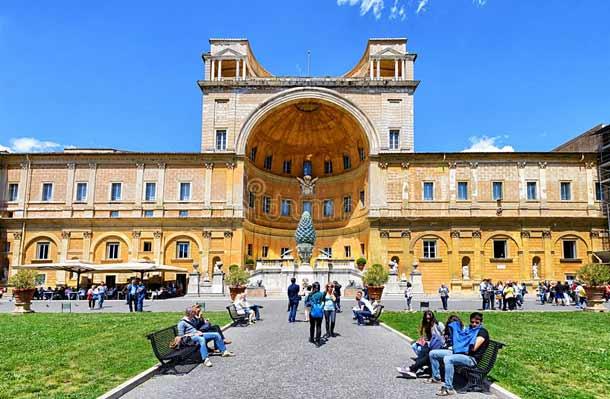 Бельведерский дворец (Ватикан)