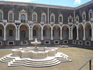 Бенедиктинский монастырь в Катании (Сицилия)