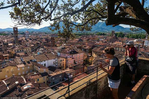 Город Лукка в Тоскане