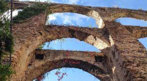 Древний акведук в Салерно