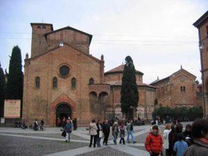 Церковь Санто-Стефано (Болонья)