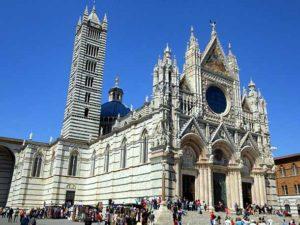 Сиенский собор в готическом стиле