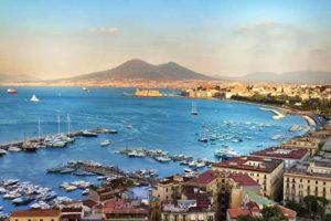 Где можно купаться в Неаполе