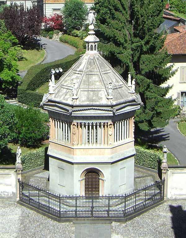 Кафедральный собор и Баптистерий в Бергамо