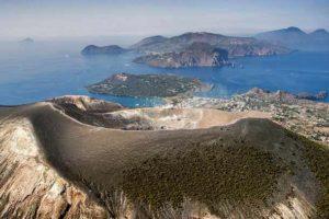 Липарские вулканические острова