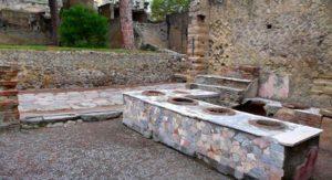Термополий - для приготовления еды, кофе в древних Помпех