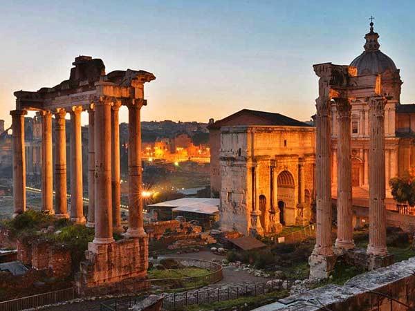Главная площадь Древнего Рима - форум