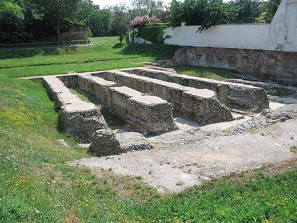 Миланский амфитеатр