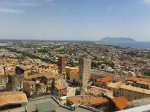 Панорамма города Террачина в Италии
