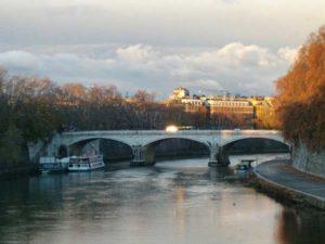 Мост Кавур на реке Тибр (Италия)
