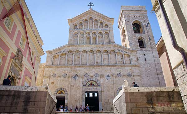 Кафедральный собор Санта Мария (Кальяри)