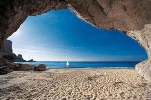 Пляж Кала-Луна (Сардиния)