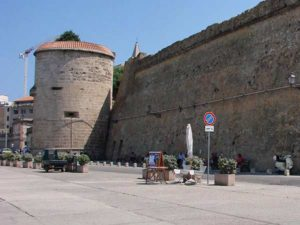 Бастион Магдалены в Альгеро