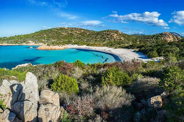 Популярный курорт Коста-Смеральда (Сардиния)