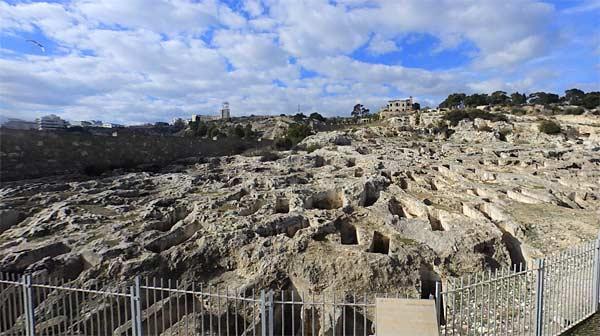 Некрополь Тувикседду в Кальяри