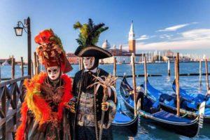 Венецианский карнавал в Венеции в феврале