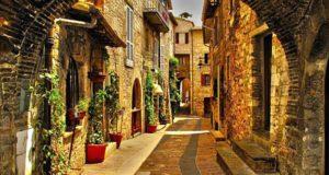 Город Ассизи в Италии