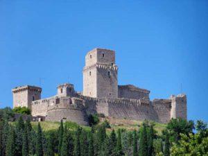 Большая крепость (Rocca maggiore)