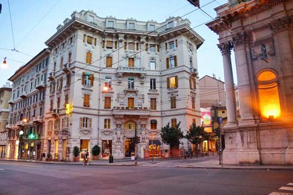 Genova Liberty в цнтре Генуя