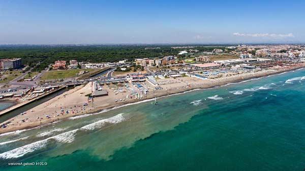 Пляжи Остии (Италия)