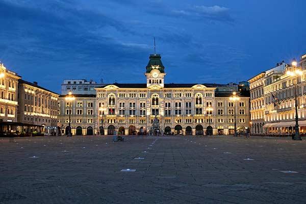 Площадь Единства Италии в Триесте