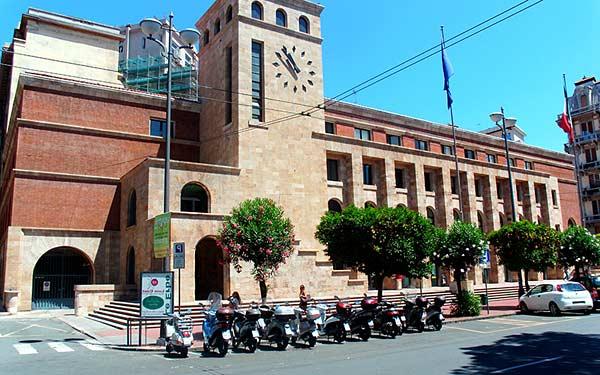 Дворец почты в Ла Специи